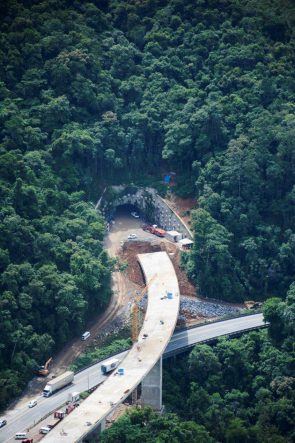 Brazil's Serra do Cafezal Highway