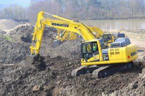 Komatsu crawler excavator